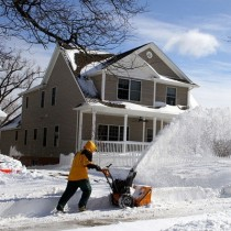 Top Ten Best Snow Blower Reviews For 2018: Find Great Options From Small Electric Or Two Stage Gas Powered